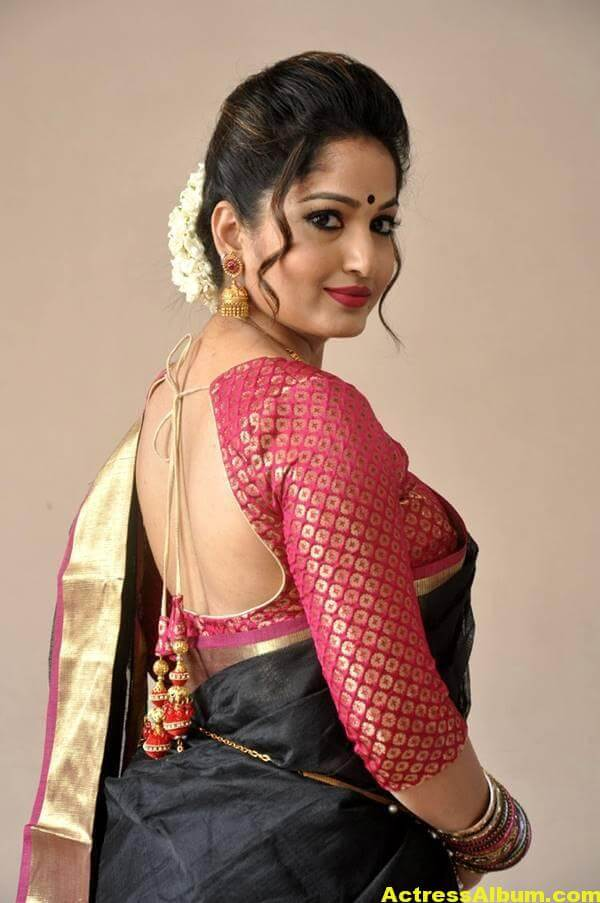 Madhavi Latha Navel Hip Show Stills In Black Saree 7