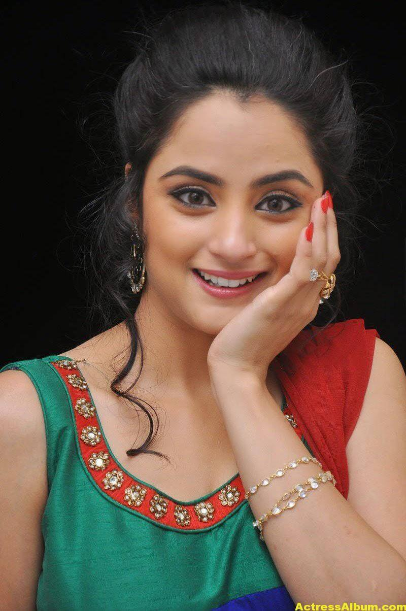 Madirakshi Mundle Hot Photoshoot In Green Dress 2