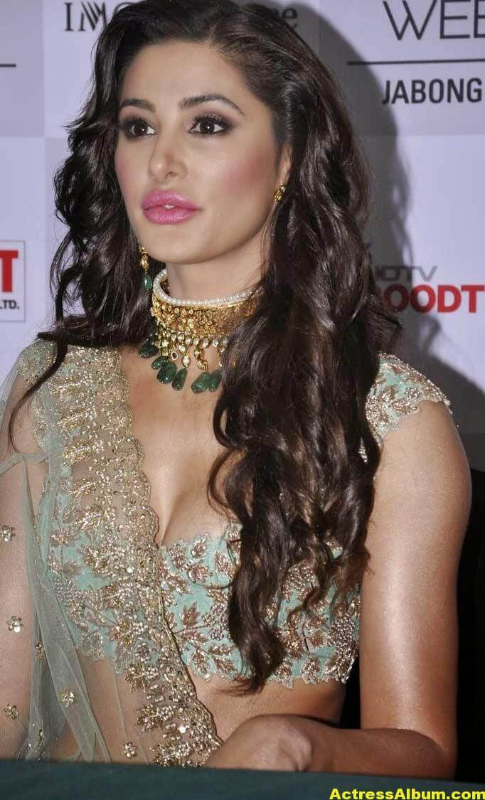 Nargis Fakhri Latest Hot Photos In Pink Dress 7