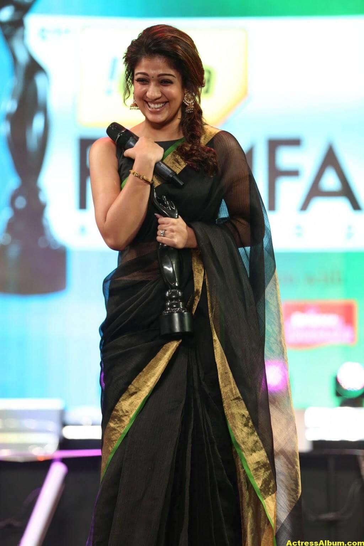 Nayantara Hot in Awards Function 1