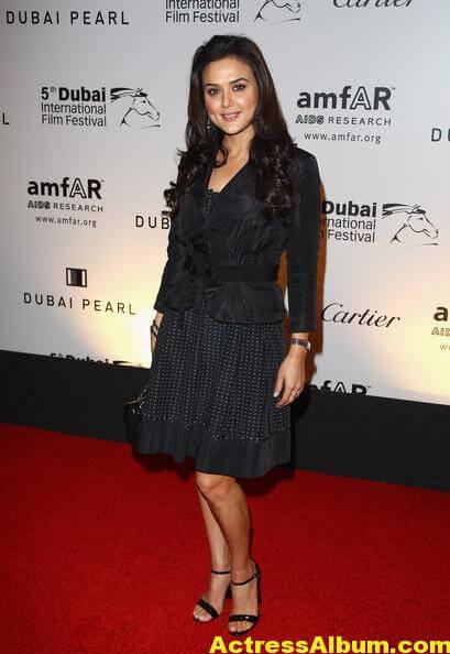 Preity Zinta Latest Photos In Black Dress 3