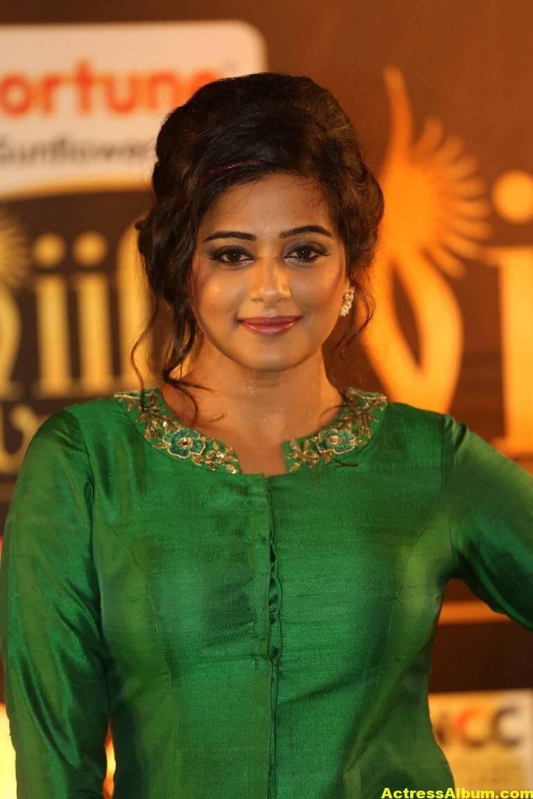 Priyamani Hot Stills At IIFA Utsavam Awards  1