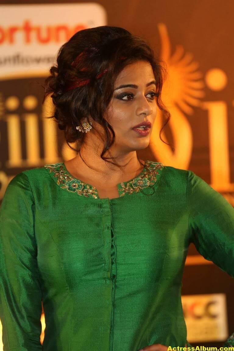 Priyamani Hot Stills At IIFA Utsavam Awards  4