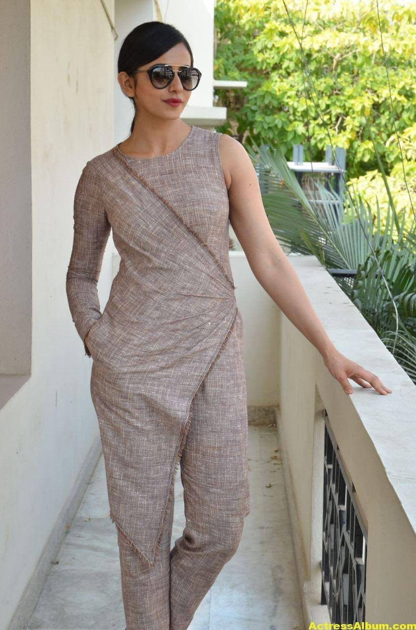 Rakul Preet Photoshoot From Nannaku Prematho Interview 5