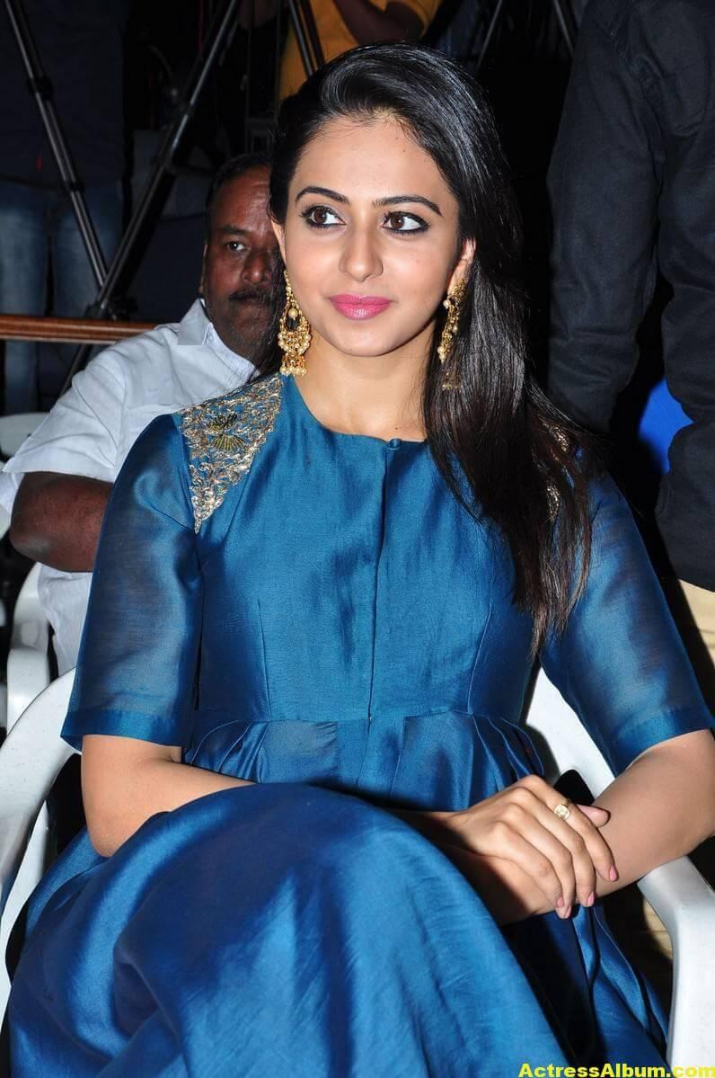 Rakul Preet Singh Looks Spicy In Colorful Blue Dress 2