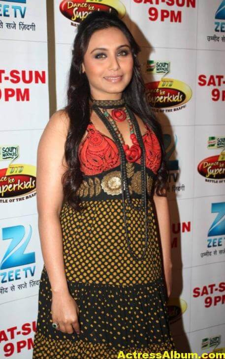 Rani Mukerji Latest Stills In Green Dress 1