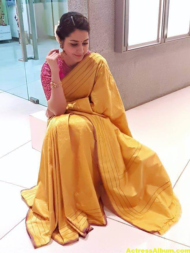 Rashi Khanna Stills At Director Krish Marriage 6