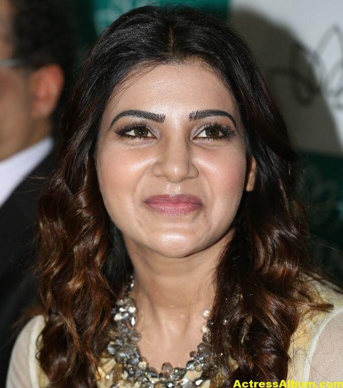 Samantha Latest Very Hot Beautiful Stills 1