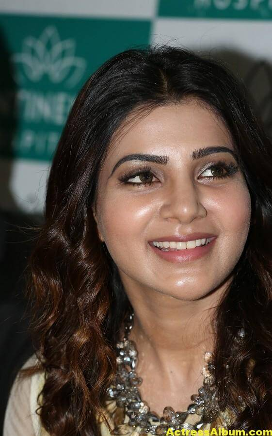 Samantha Latest Very Hot Beautiful Stills 4