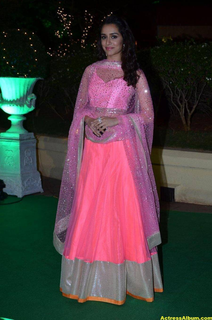 Shraddha Kapoor Hot Photos At Wedding Reception In Pink Dress 3