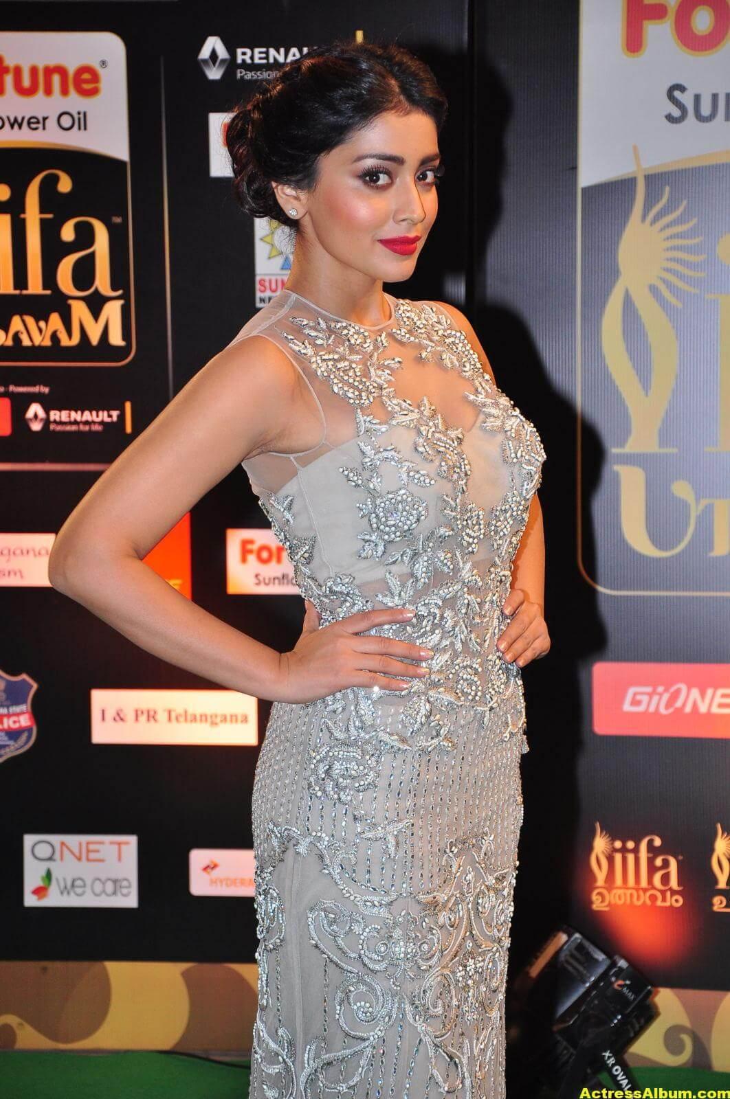 Shriya Saran Hot in IIFA Utsavam in White Dress 7