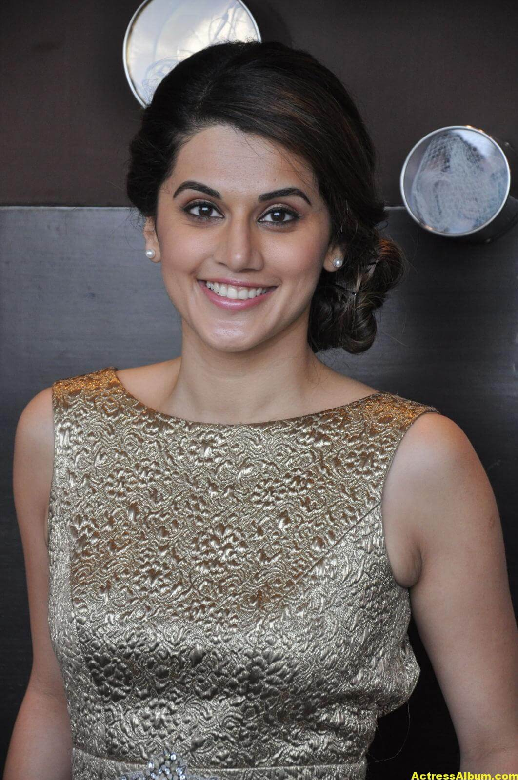 Taapsee Pannu Hot Images In Short Dress 3