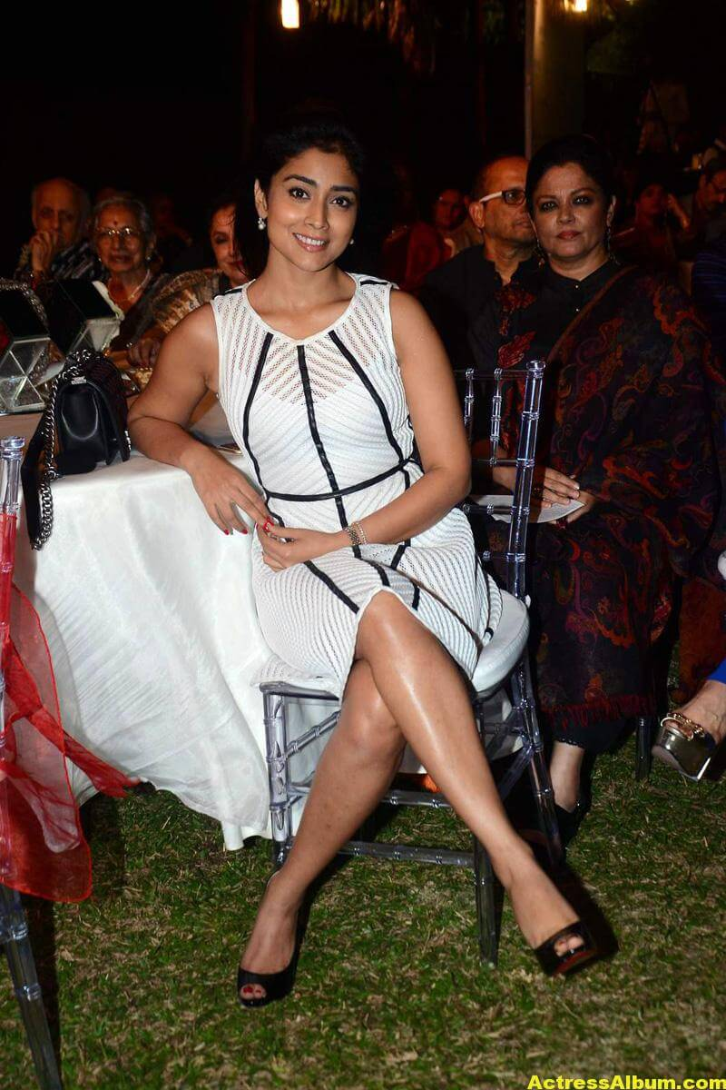 Tamil Actress Shriya Saran Photos In Spicy White Dress 4