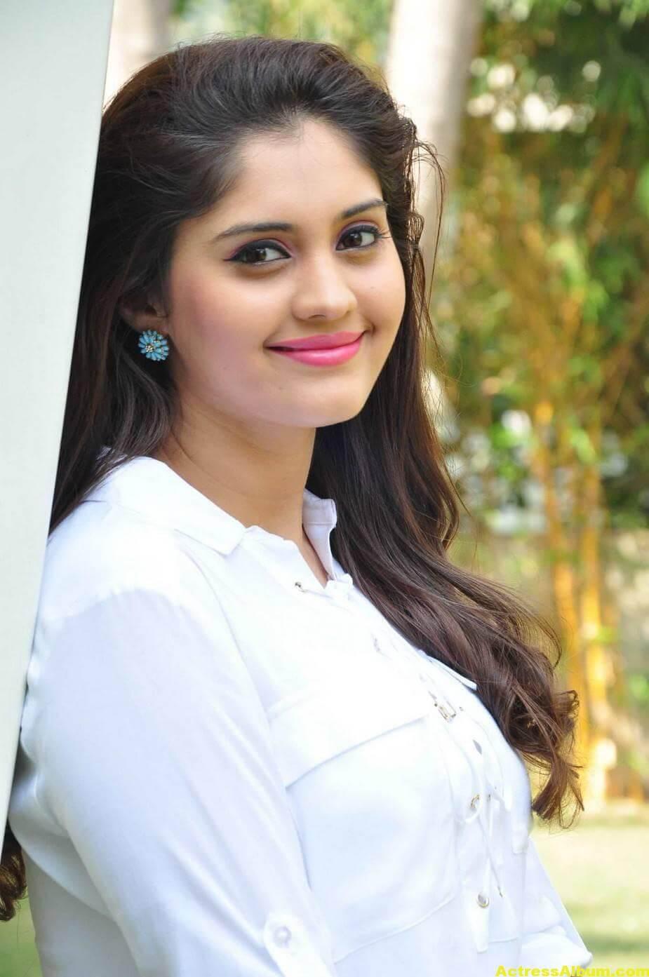 Tamil Actress Surabhi Hot Photos 3