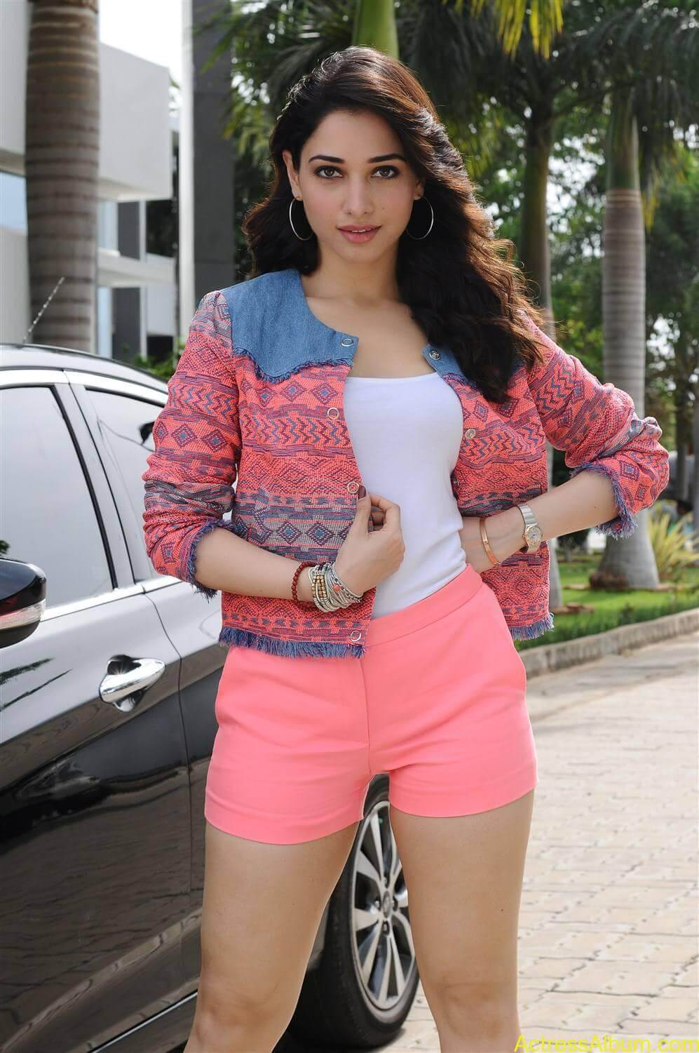 Actress Tamannaah Legs Thigh In Pink Mini Short Duplicate - Actress Album-8945