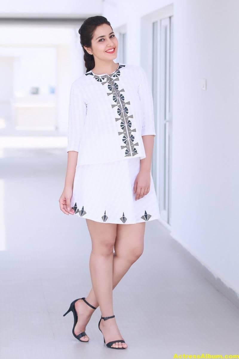 hot-rashi-khanna-legs-show-photo-shoot-in-white-skirt-1