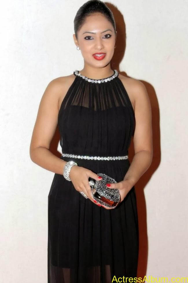 nikesha-patel-hot-in-black-dress-3