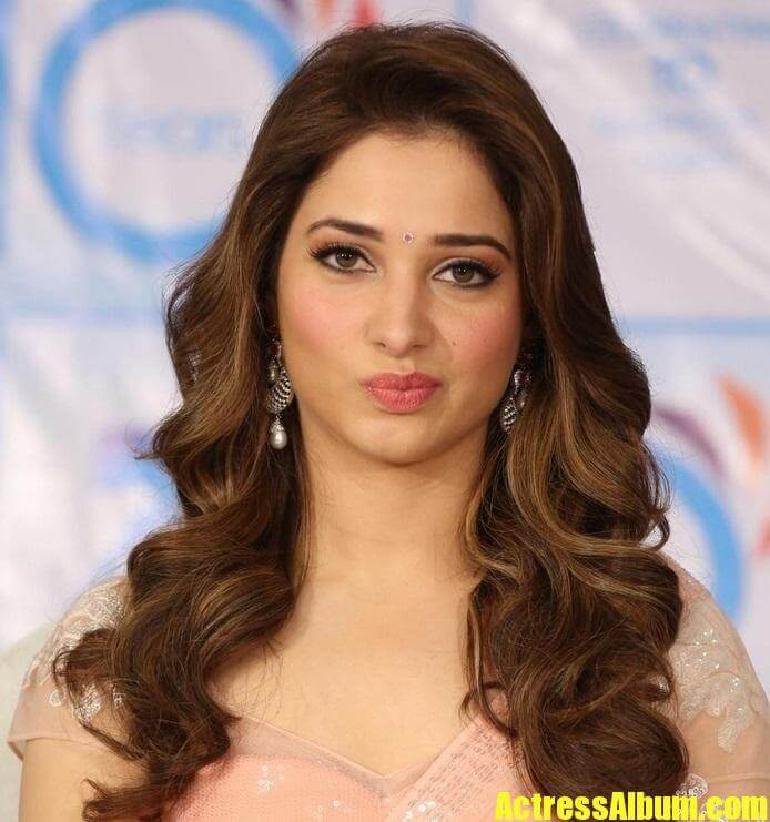 Bollywood Actress Tamanna Face Close Up Pics