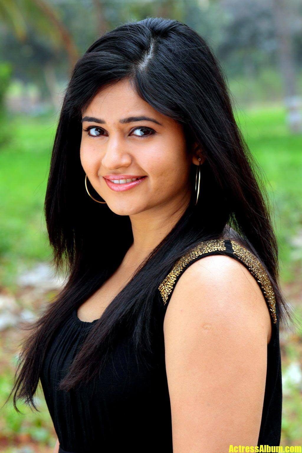 Poonam Bajwa Face Closeup Pics In Black Dress - Actress Album