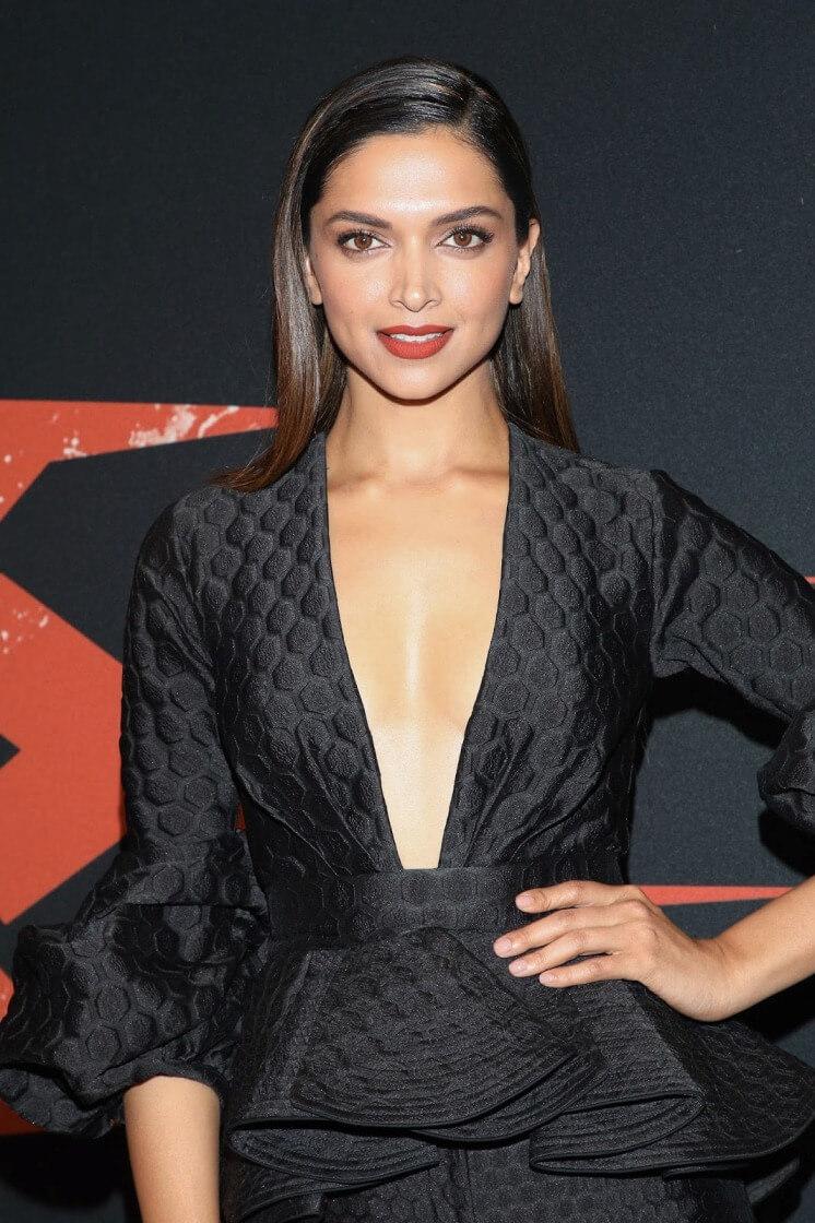 Deepika Sexy Photo
