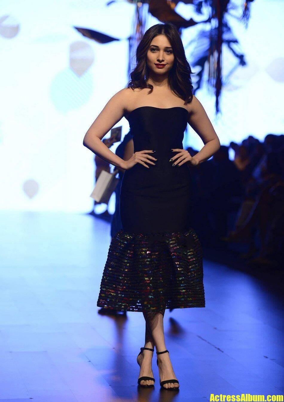 Actress Tamanna Lakme Fashion Week Pics