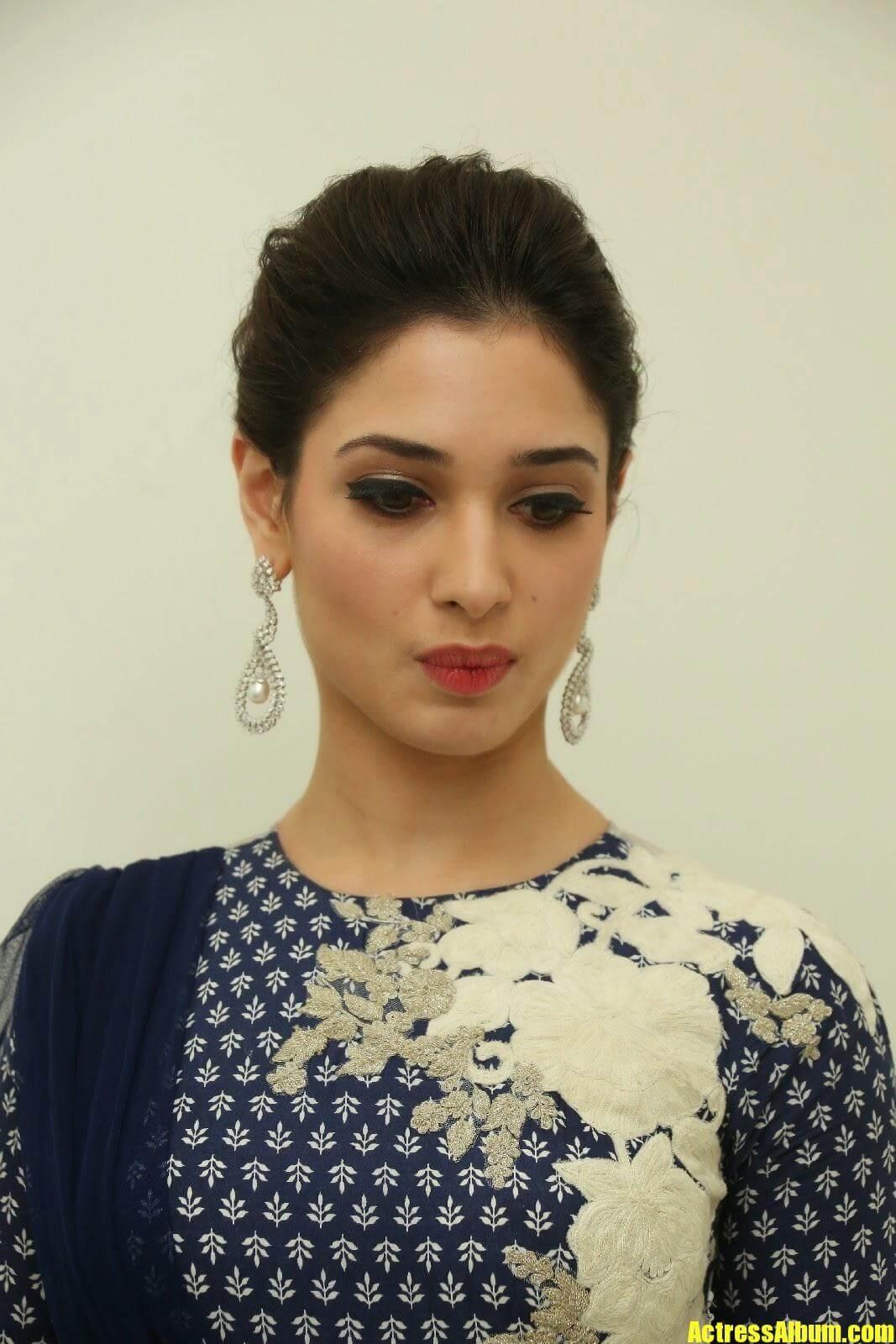 Actress Tamanna Face Closeup Pics
