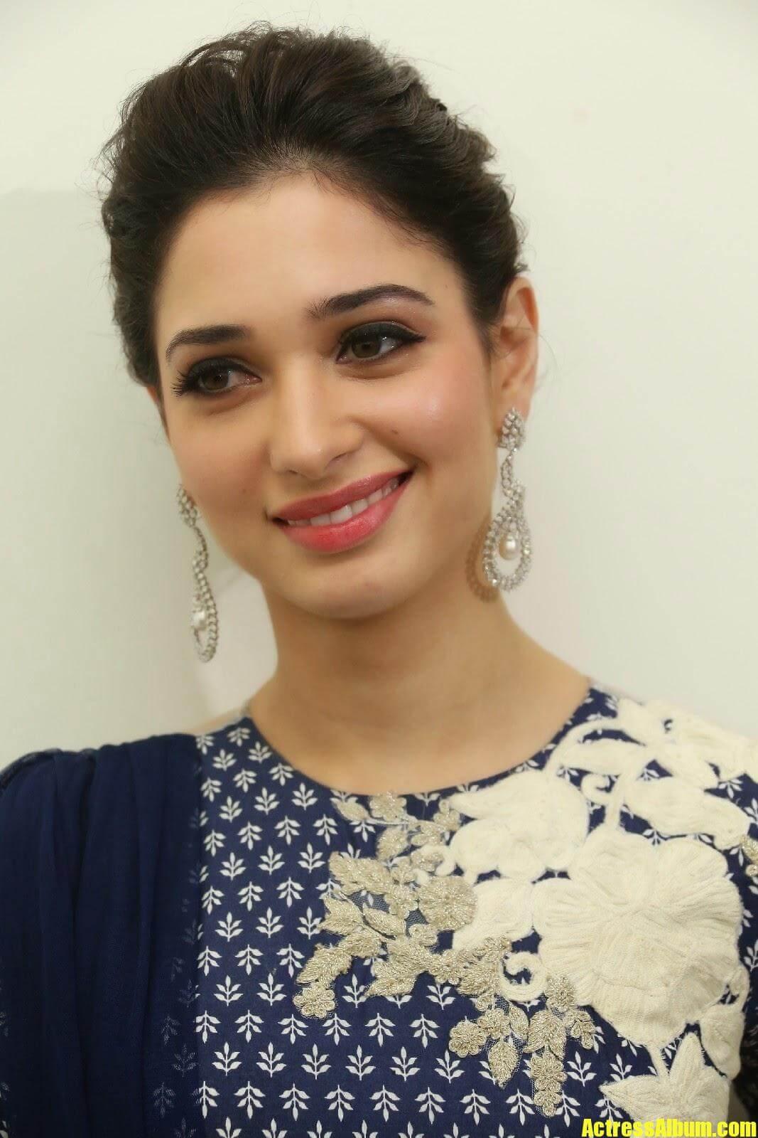 Actress Tamanna Closeup Pics