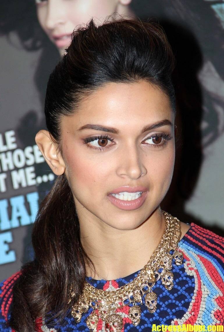 Deepika Padukone Hot Face Close Up Stills In Blue Dress (5 ...