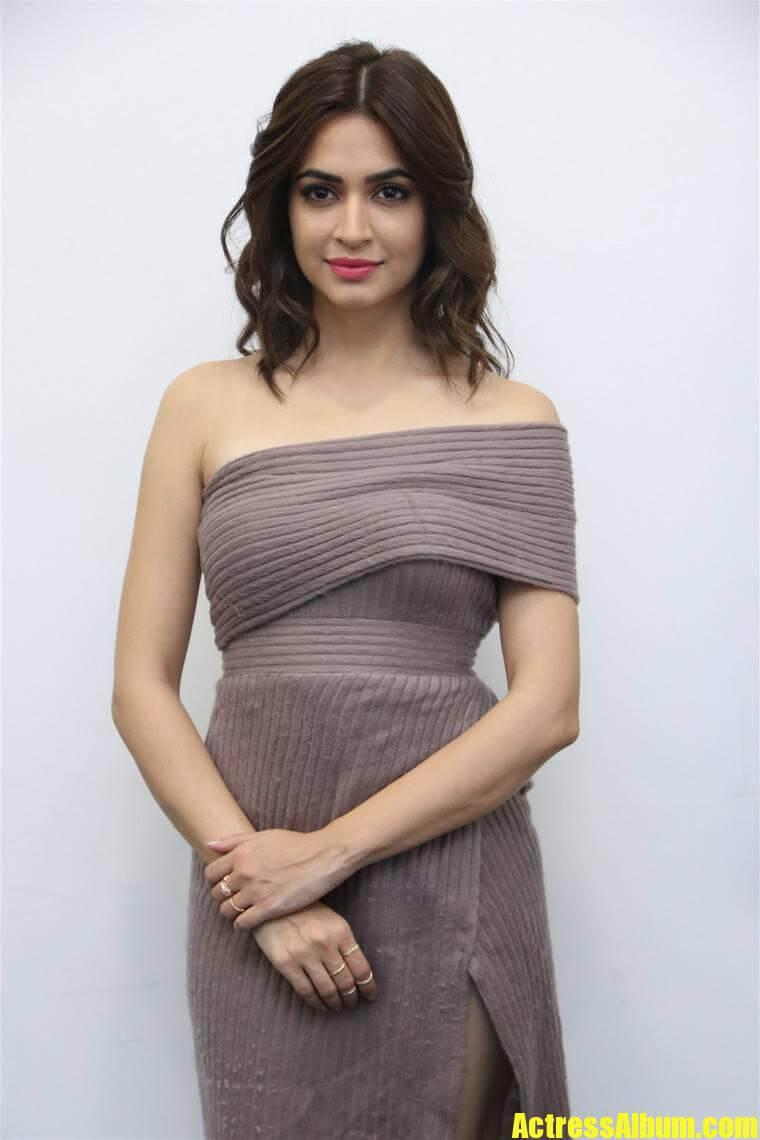 Movie actress long