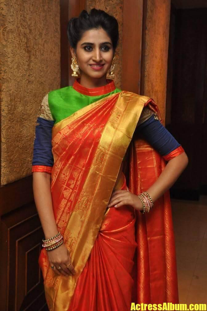 Shamili Stills In Orange Saree At Fashion Show Actress Album