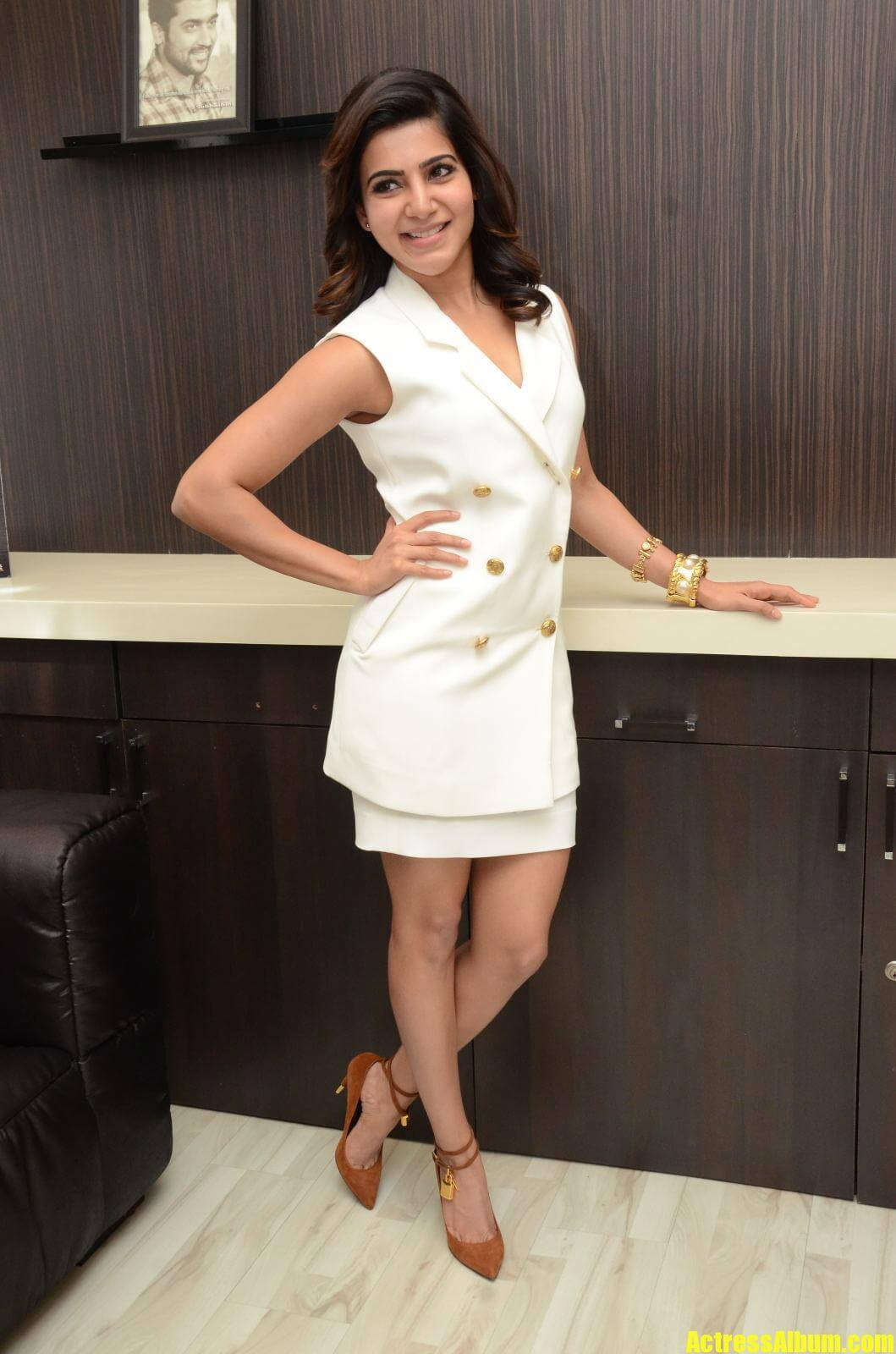 Actress Samantha Images In White Skirt