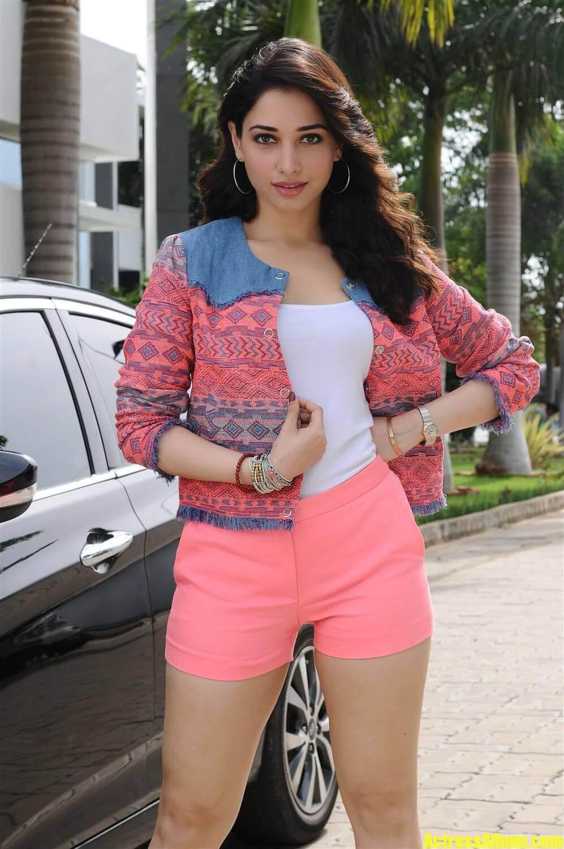 Tamanna Hot Pics in Skirt