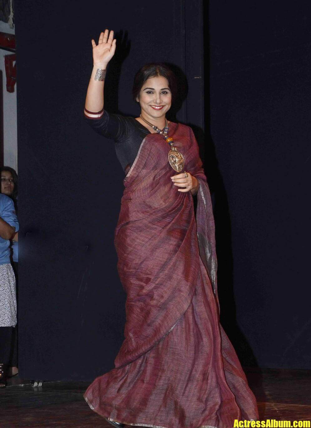bollywood hot vidya balan during youth for unity event