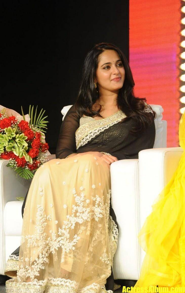 Anushka Shetty In Black Saree