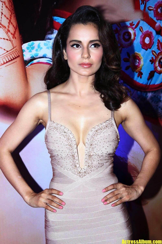 Bollywood Hot Kangana Ranaut Sexy Stills At Queen Movie -5549