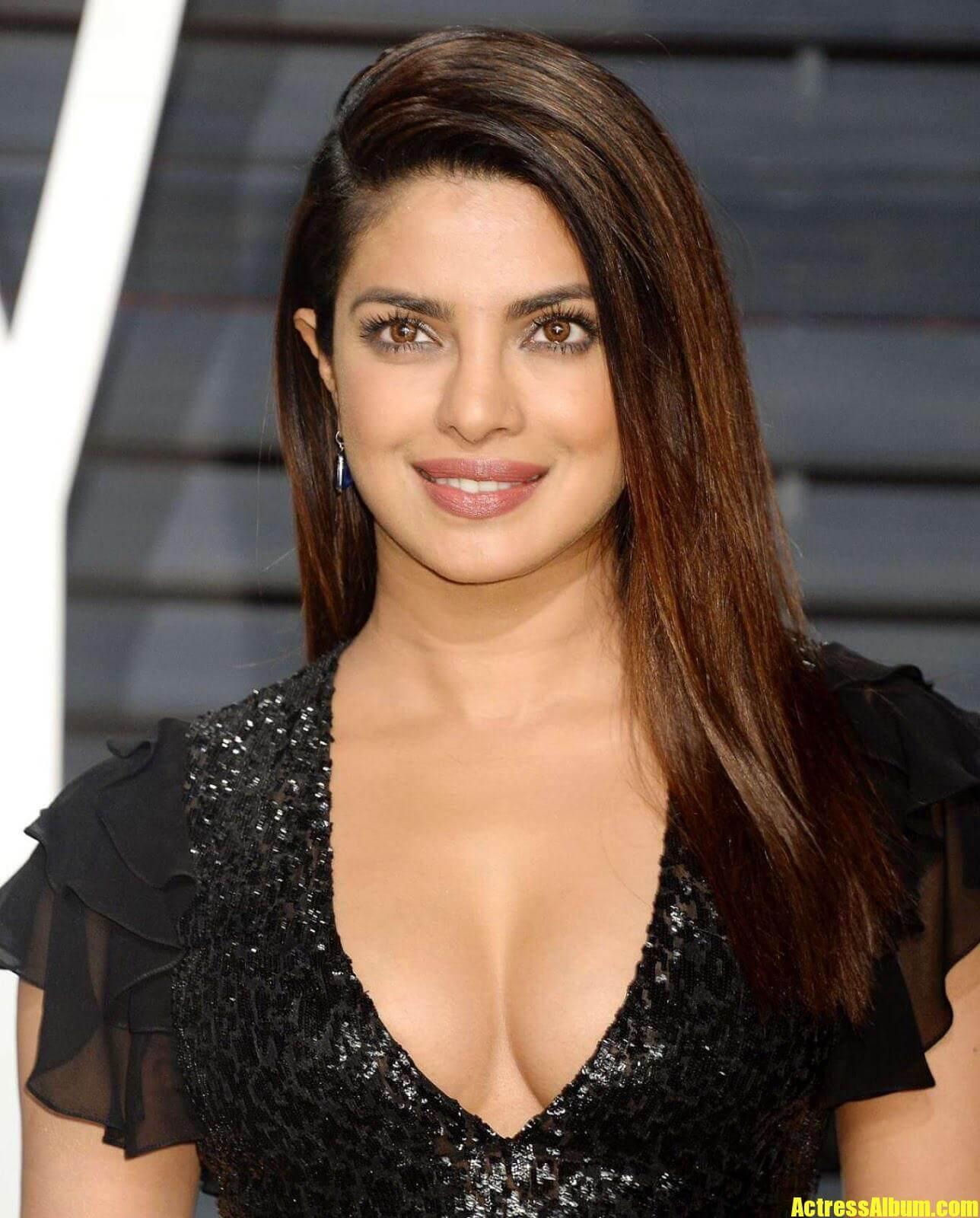 Priyanka Chopra At Oscars Awards