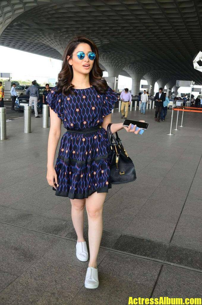 Tamanna Exclusive Images At Airport