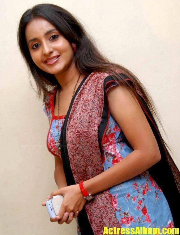 Actress Bhama Latest Gorgeous Pics