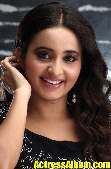 Nivedyam Movie Actress