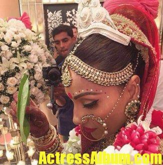 Bipasha Basu-Karan Singh Grover Wedding Photos Pics