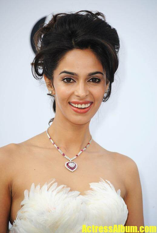 Mallika Sherawat New Hot Photos-4401