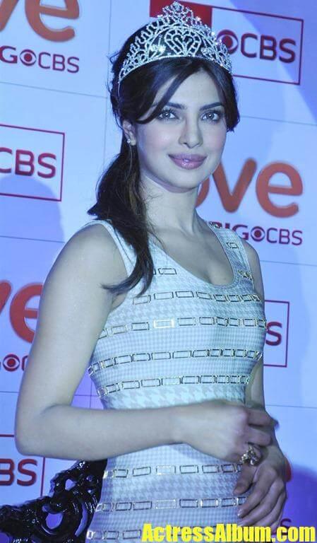 Priyanka Chopra Beautiful Pics