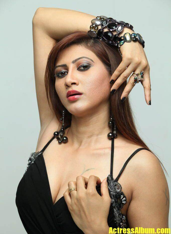 Nude Pictures Of Indian Actresses