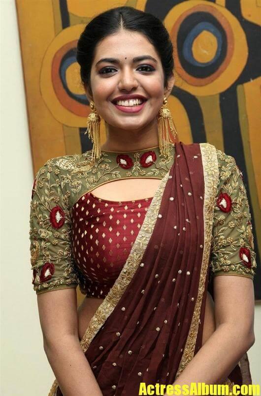 Actressalbum Com Shivani Rajasekhar Latest Photoshoot Stills Amrutha Valli Actress Hot Photos