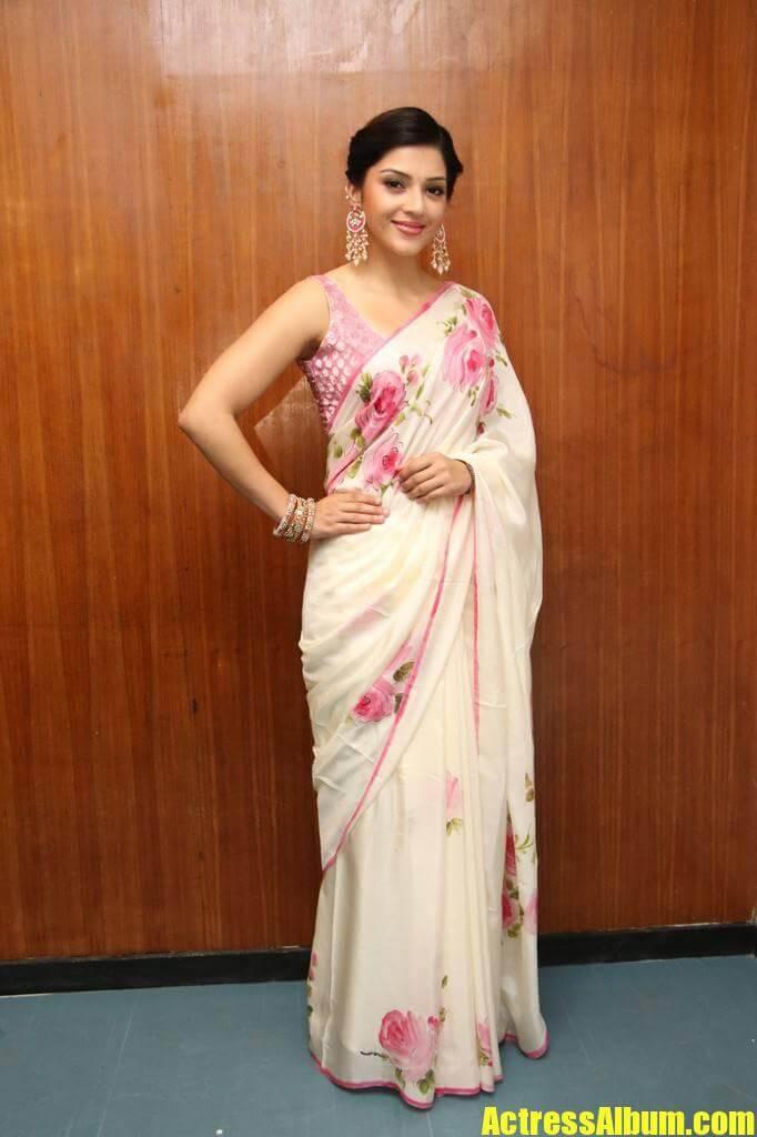 Actress mehreen kaur stills in sleeveless white saree actress album actress mehreen kaur stills in sleeveless white saree thecheapjerseys Images