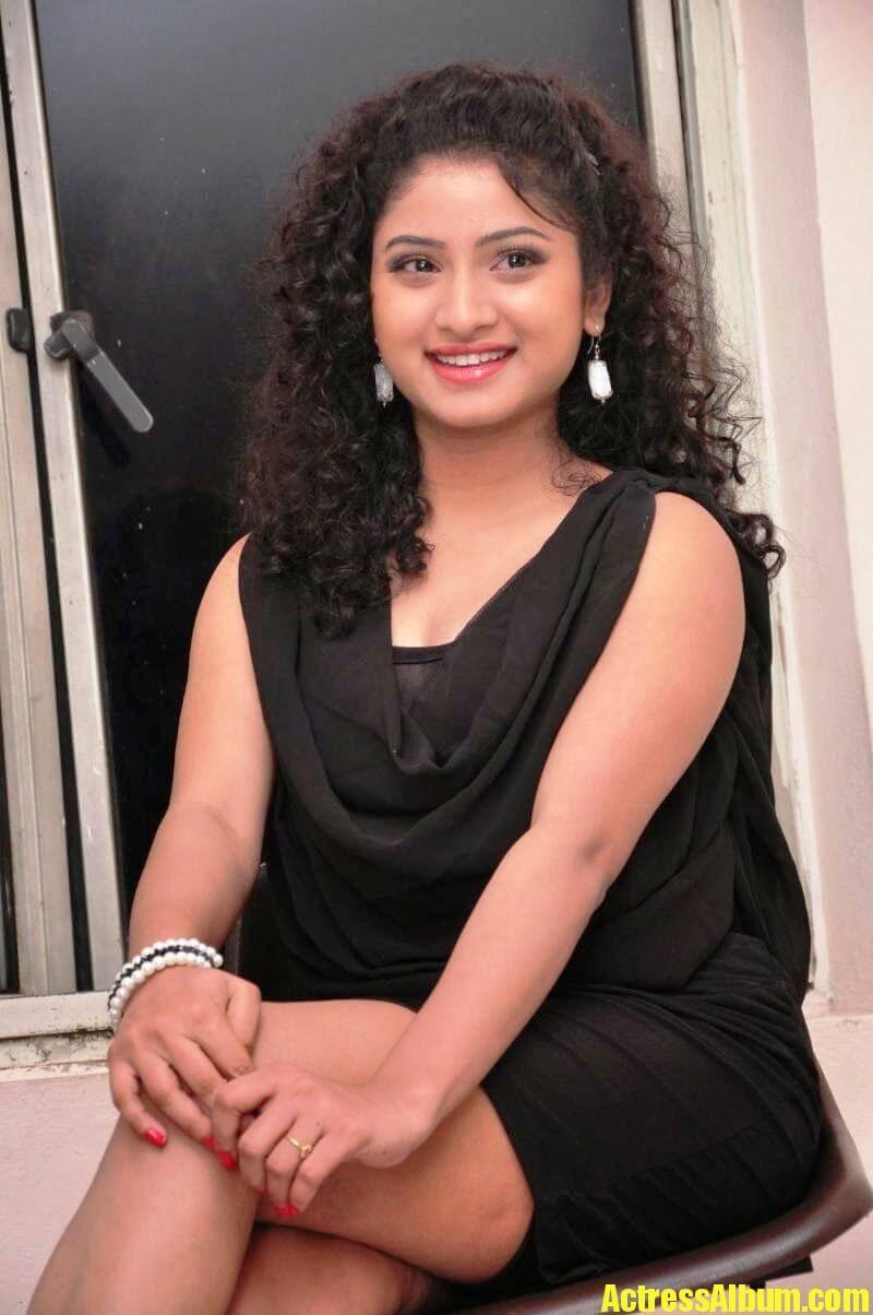 Vishnu Priya Hot Thighs Pics - 5 - Actress Album