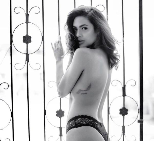 Esha Gupta 6 - Esha Gupta most Sexiest Photos-Bikiniwear Pictures-Hot Hd Wallpapers