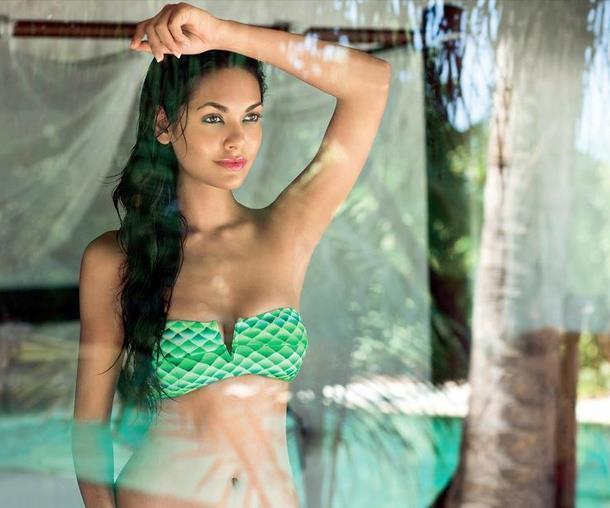 Esha Gupta sexy Photos 14 - Esha Gupta most Sexiest Photos-Bikiniwear Pictures-Hot Hd Wallpapers