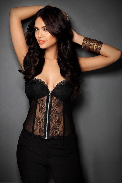 esha gupta in this black corset is a sight to behold 201612 861206 - Esha Gupta most Sexiest Photos-Bikiniwear Pictures-Hot Hd Wallpapers