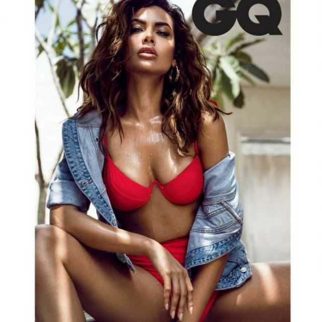 eshaguptagq 2 - Esha Gupta most Sexiest Photos-Bikiniwear Pictures-Hot Hd Wallpapers